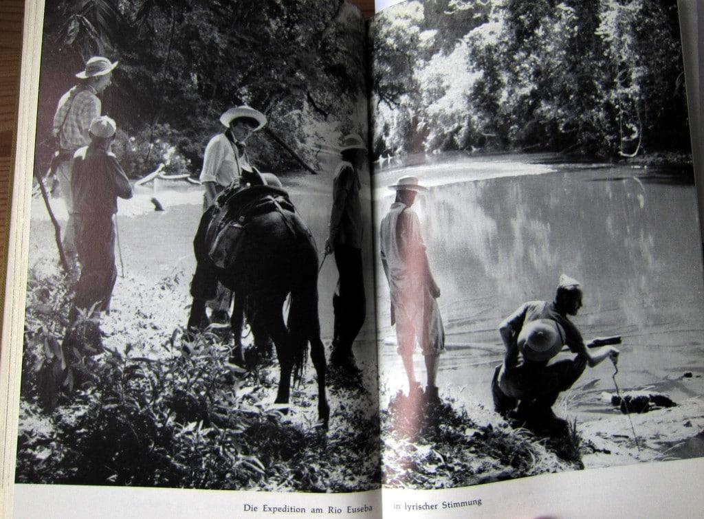 Die Expedition am Rio Euseba in lyrischer Stimmung - Ins Land der Lacandonen - Herbert Rittlinger