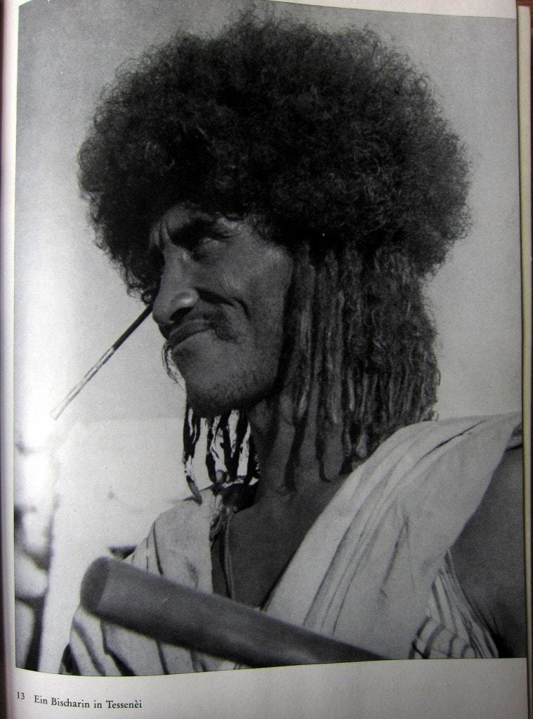 Ein Mann vom Stamm der Bischarin - Amba Ras - Hartlmaier